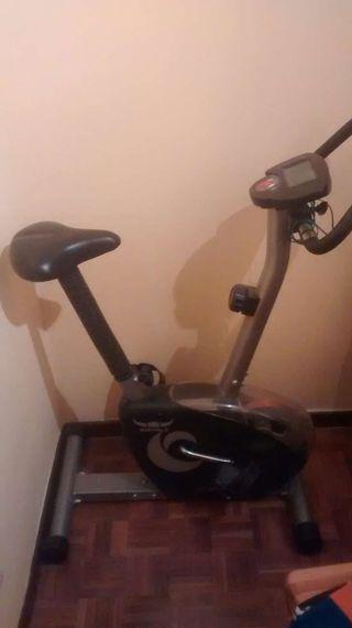 Bicicleta estática buffalo HTM1580 perfecto estado