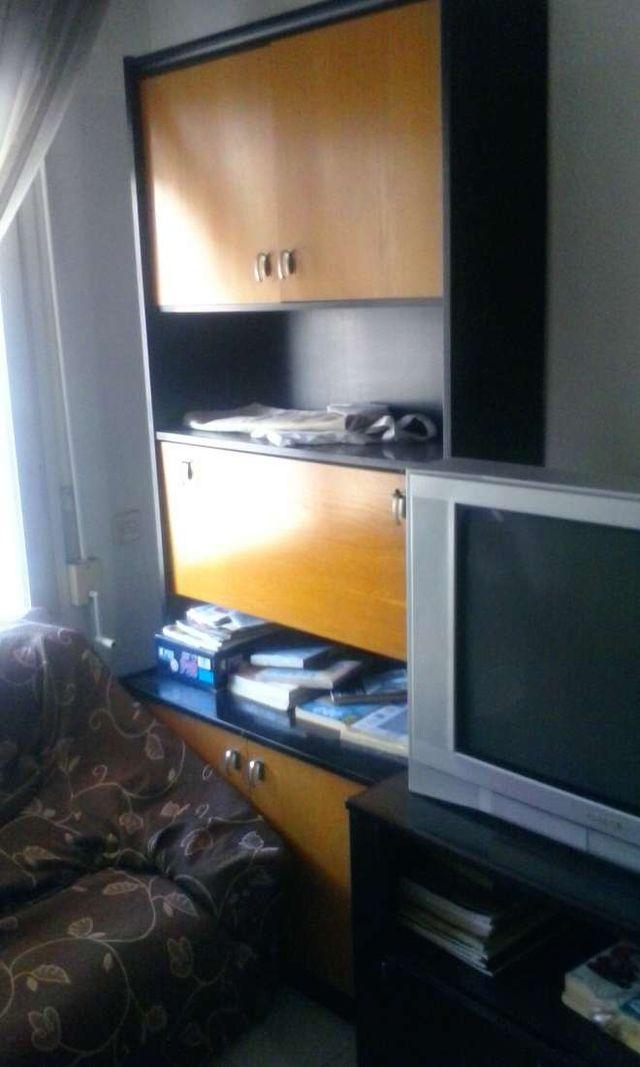 Mueble de sal n con armarios estantes mueble bar hueco - Segunda mano muebles girona ...