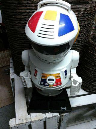 Robot EMILIO de Bizak