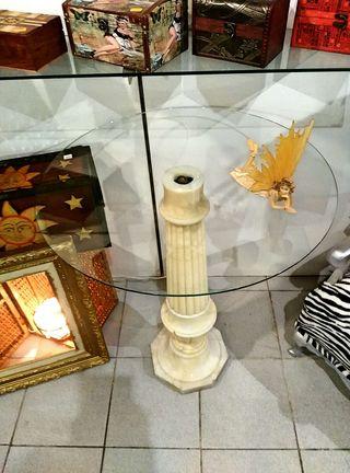 Mesa cristal con pie de marmol