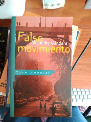 Libro - Falso Movimiento de Alejandro Gandara