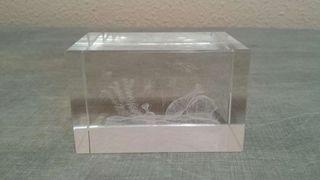 Cristal 3D grabado con láser
