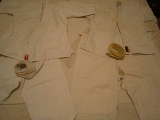 2 Kimonos karate / judo niño