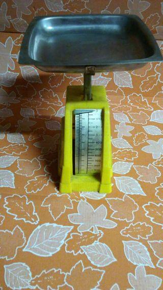 Báscula 1 kg vintage