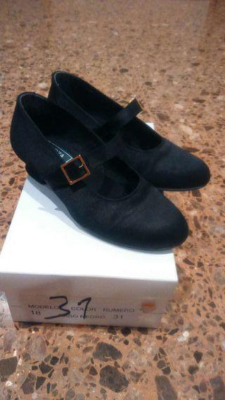 ccc85a5d0 talla raso negros Zapatos fallera 31 de 5w8Y8I
