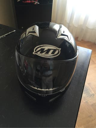 Casco MT Helmets Falcon