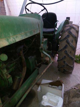 Tractor joon dere. 659578223