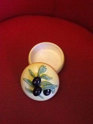Petit Pot Pour Noyaux Olives
