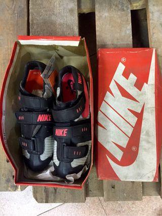 Zapatillas Nike 90's Para Ciclismo Talla 40