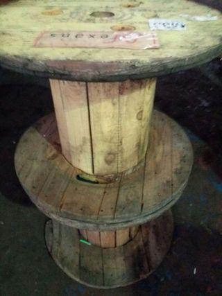 3 bobinas de madera.80 cms