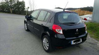 Coche Renault Clio