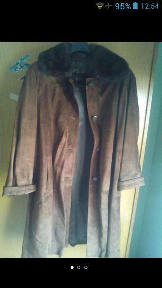 Abrigo largo de piel