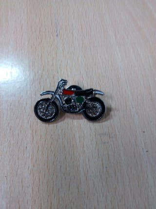 Pin Montesa Cappra 250