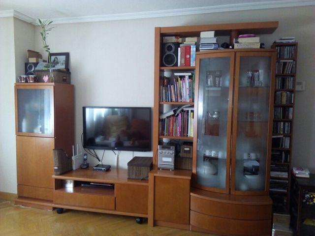 Oferta mueble y vitrina para salón comedor 3 m. de segunda mano por ...
