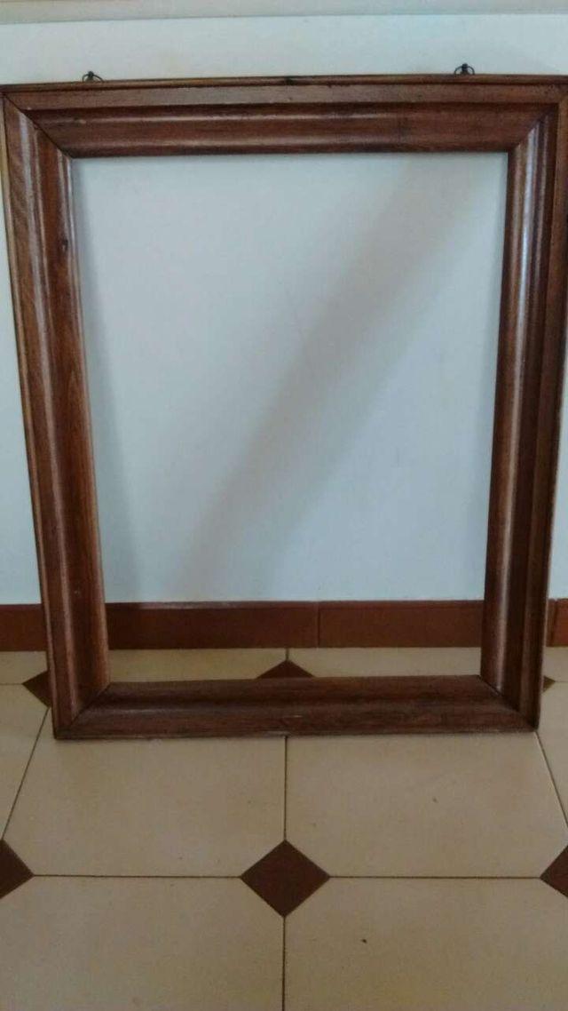 3 marcos de madera para cuadros de segunda mano por 10 € en Ador ...