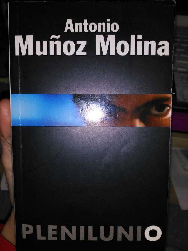 Libro plenilunio. Antonio muñoz molina.