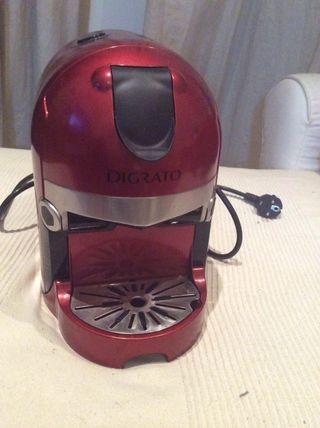 Cafetera de cápsulas DIGRATO (Corte Inglés)