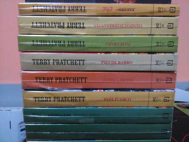 Colección de libros Mundo Disco Terry Pratchett