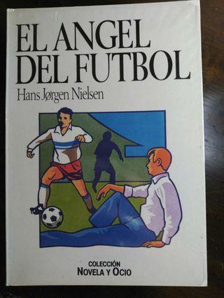 Libro el ángel del fútbol.