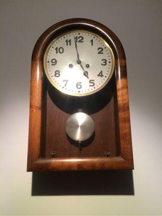 Bonito Reloj Antiguo