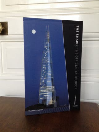 Livre Anglais The Shard The Official Guidebook