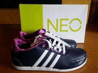 Zapatilla talla, 35. Adidas (coneo laces) Nuevas!!