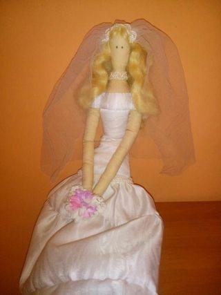 Muñeca tilda novia