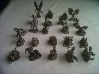 Colección de Figuras de Dragon