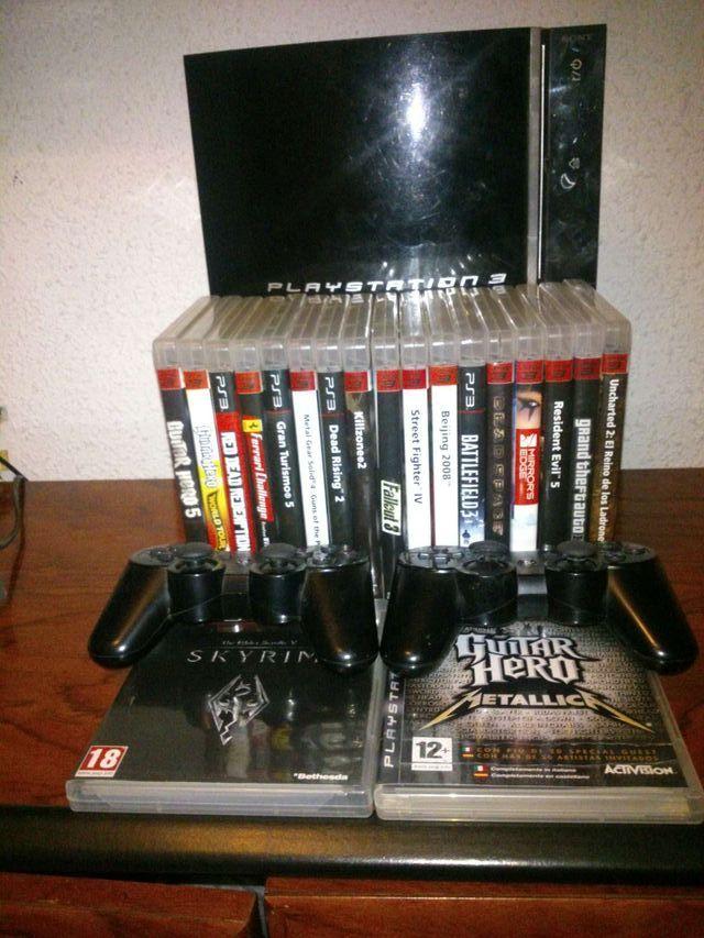 PlayStation3 de 80 gigas con 20 juegos