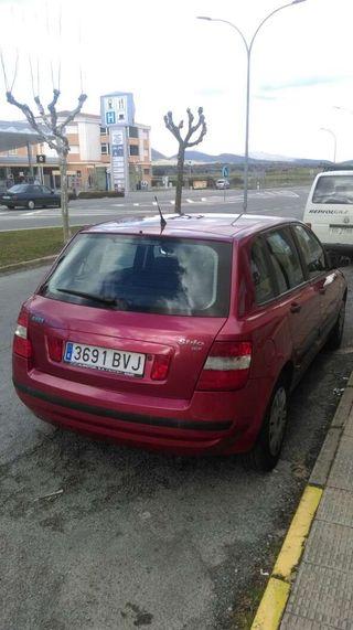FIAT STILO 1.2 16 V. gasolina.