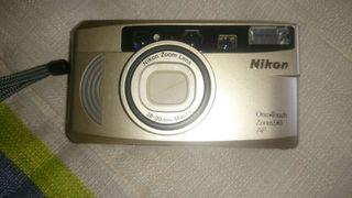 Cámara de fotos nikon, oye touch zom 90