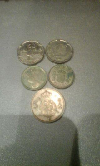 Monedas en lote de 50, 10 y 5 pesetas