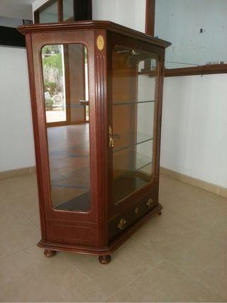 Rebajado de 500 a 300€. Mueble De Salón
