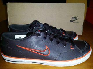 Zapatilla talla, 36. Nike (capri) nueva!