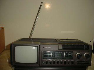 Radio cassete tv b/n