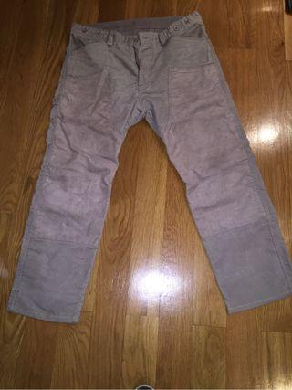 Pantalon de Pana DIESEL. Nuevo Sin Estrenar