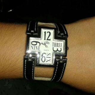 Reloj GAS nuevo