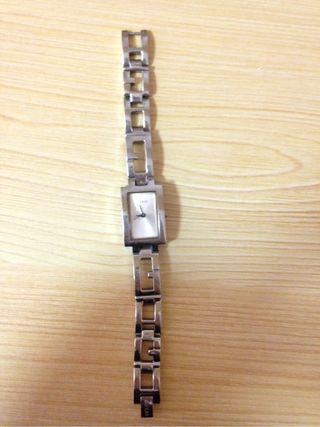 Guess Reloj