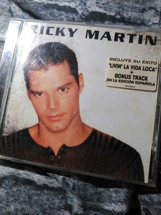 Cd música de ricky martin.