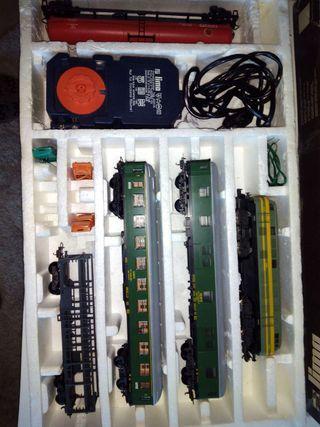 Tren eléctrico marca Lima escala H0