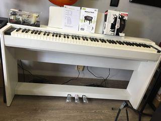 Pianos Kawai Cl36