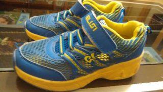 Zapatillas ruedas niño talla 34