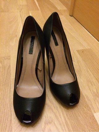 Zapatos Negros Tacon Y Plataforma Interior