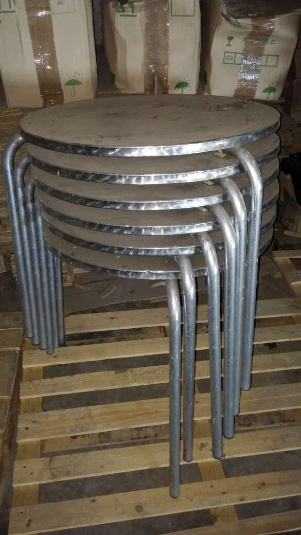 Sillas y mesas de terraza de segunda mano por 99 en toro for Mesas y sillas de terraza de segunda mano