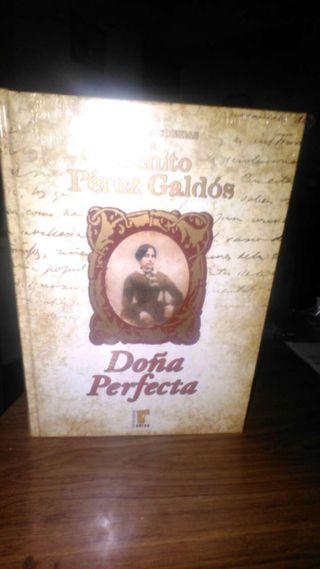 Tres libros de Benito perez galdos