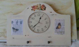 Reloj perchero
