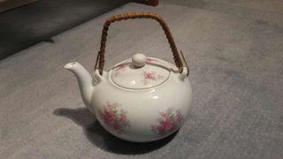 Tetera antigua porcelana