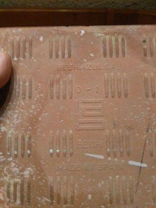 Baldosa cerámica antigua