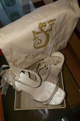 Sandalia brocado ceremonia