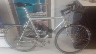 Bicicleta cube bicicle holidays